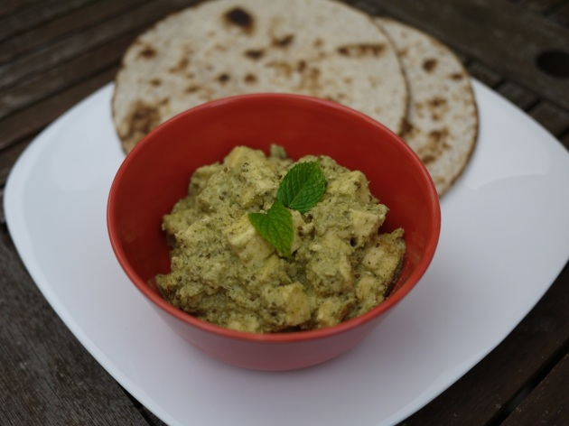 Paneer in a coriander, mint and chilli sauce